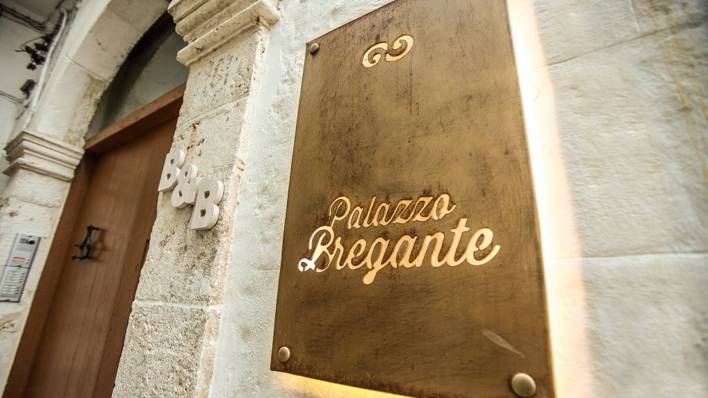 IMG--3252-Bed-and-Breakfast-palazzo-bregante-monopoli